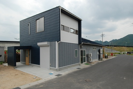 鳥取の建築家 PLUS CASA TOUJOURSの引渡し/外観